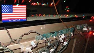 The Christmas Truck: One Dream, 3,000 lights