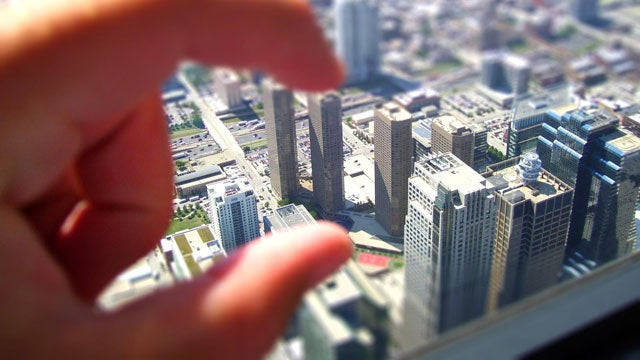 Miniaturize Your Desktop with These Tilt-Shift Wallpapers