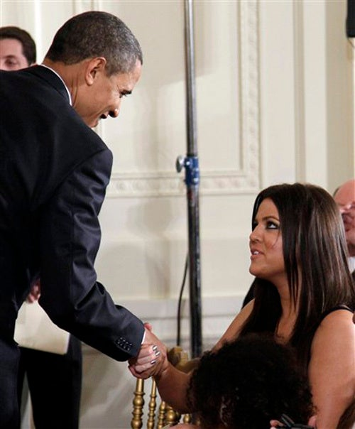Obama Keeps Up With The Kardashians; Wife Says Hopper Threatened To Kill Her