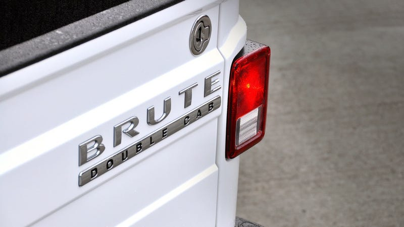 AEV Brute Double Cab: More photos!