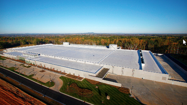 Apple's New Data Center Is Powered by the Sun