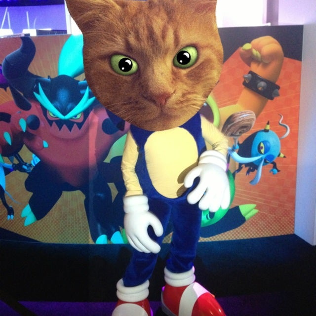 What If There Were Tons Of Cats Roaming E3 And No One Noticed?
