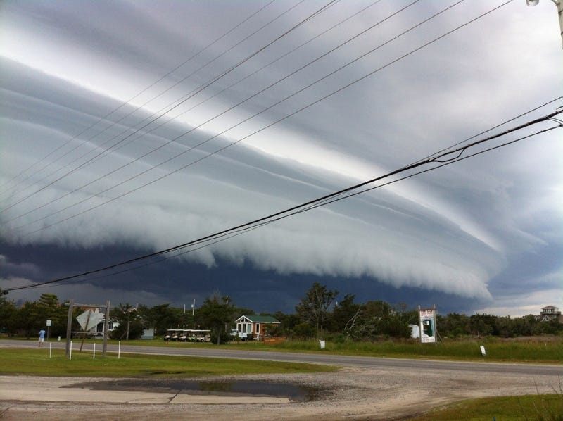 Shelf Clouds: One of Nature's Most Alarming and Awesome Phenomena