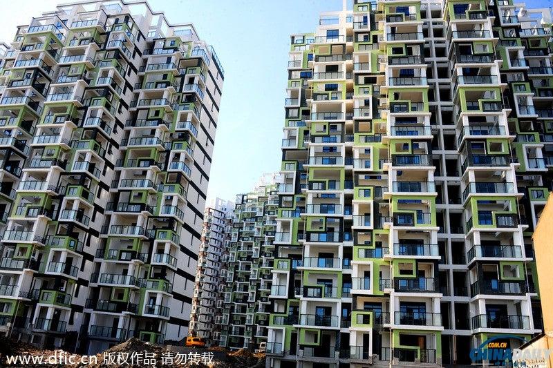 Óriás Rubik-kockák épültek Kínában