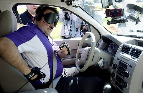 A Blind Man Drove a Car at Daytona International Speedway