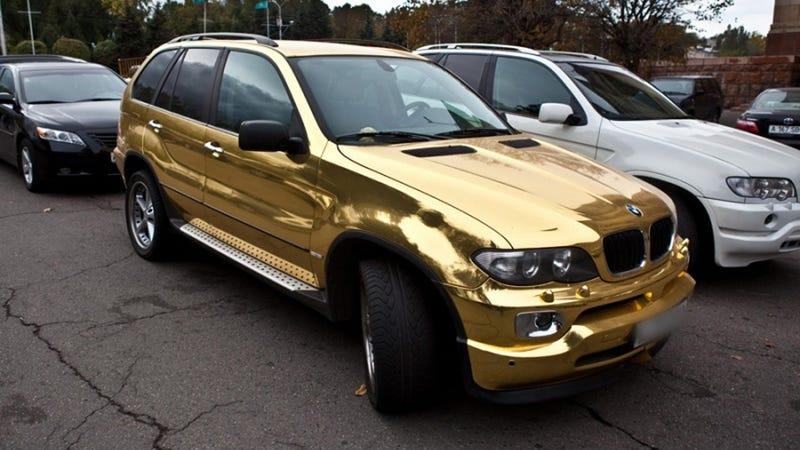 Golden BMW X5 is terrible