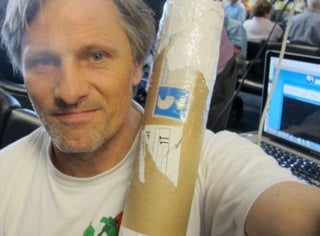Viggo Mortensen Almost Got Kicked Out Of Dulles Airport For Cheering His Favorite Soccer Team