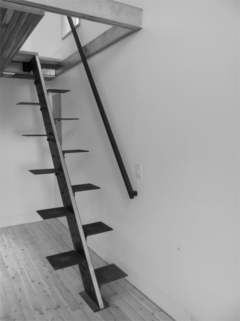 Alternating Tread Stair Looks Painful If You Slip