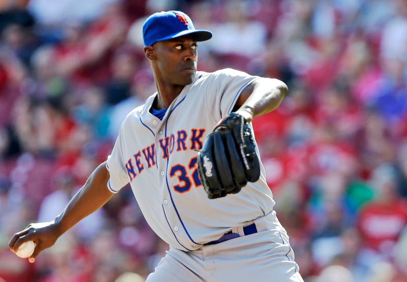 LaTroy Hawkins Has Had An Adorable, Dedicated Fan Club Since 2000