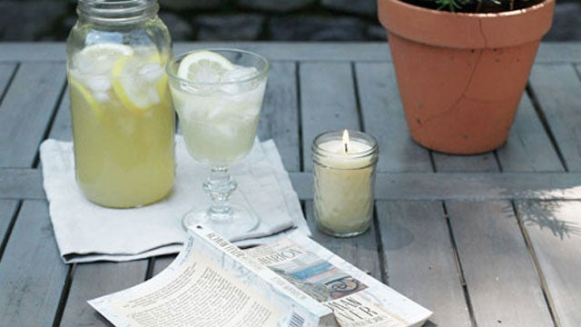 DIY Beeswax Insect Repellant Candle Keeps Biting Bugs at Bay