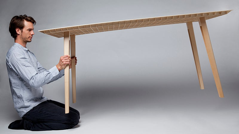 This Beautiful Wooden Table Only Weighs 10 Pounds