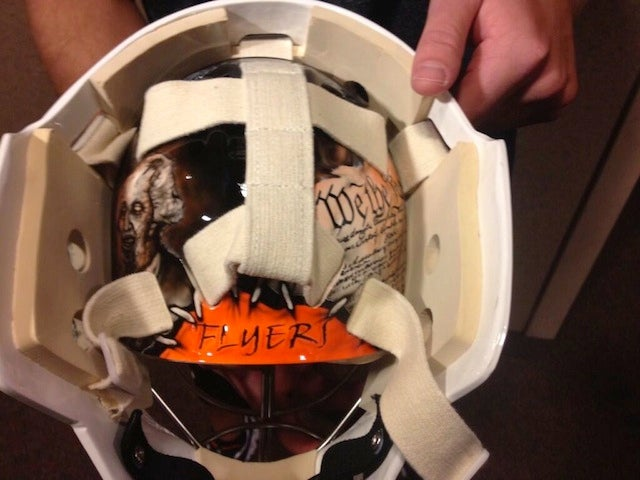 Steve Mason's Goalie Mask Features Zombified American Patriots