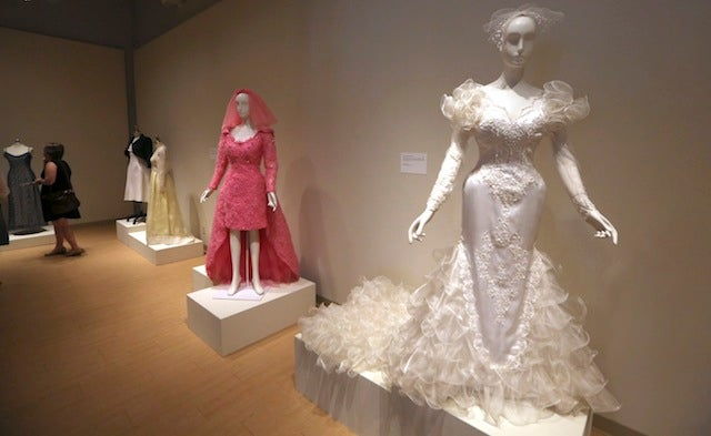 Look at All These Ridiculous American Wedding Dresses