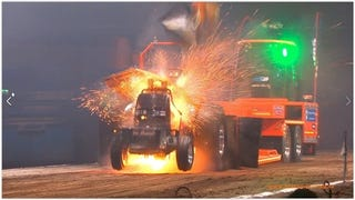 Why The Dutch Are The World's Best Americans: Arena Tractor Pull