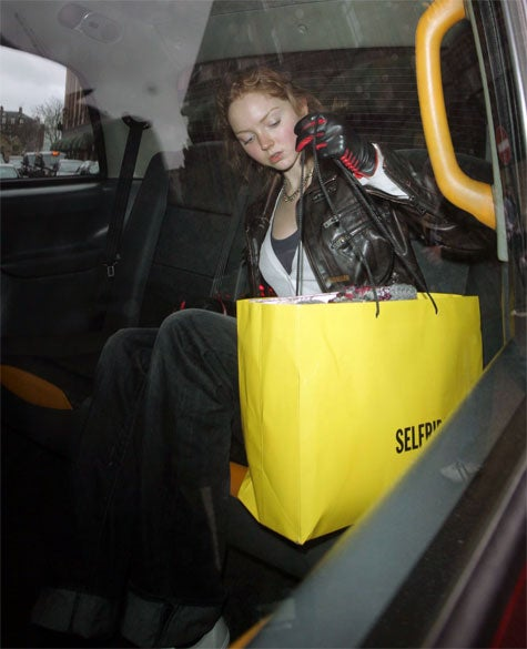 Lily Cole's Scary Glove, Big Bag