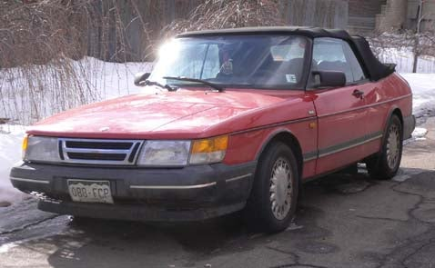 You Want Cool Saab 900s? Go To Denver!