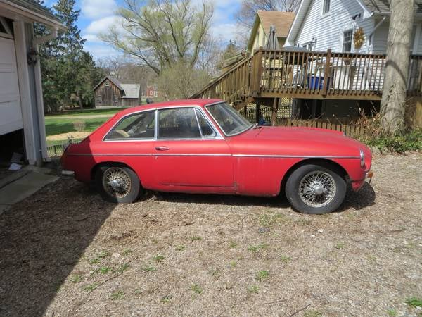 Craigslist Game: How Many MG's for Under $1,000