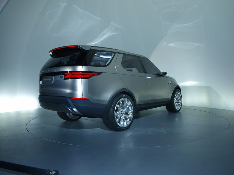 Discovery Concept Is A Trick To Make Us Accept A Land Rover Crossover