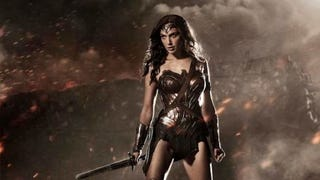 Wonder Woman's Costume In <i>Batman V. Superman</i> Actually Has Color In It