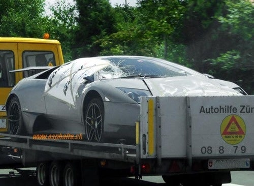 Rare Lamborghini LP670-4SV Crashed, Towed