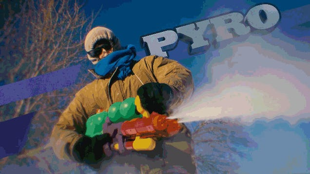 Snowball Fights Are Better With Team Fortress 2