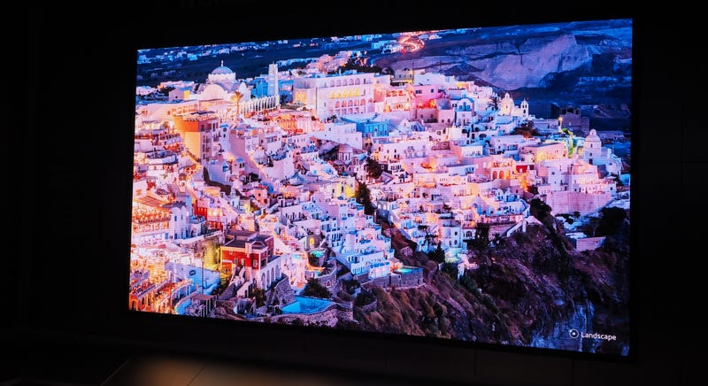 I'm Totally Hypnotized By Samsung's Dancing Modular TV