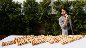 Renegade Kobabayshi Sets World Hot Dog Eating Record
