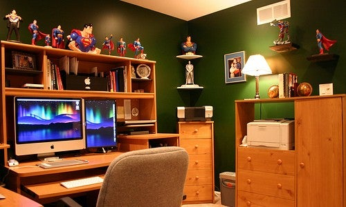 Green Walls and Macs: The Superman Office
