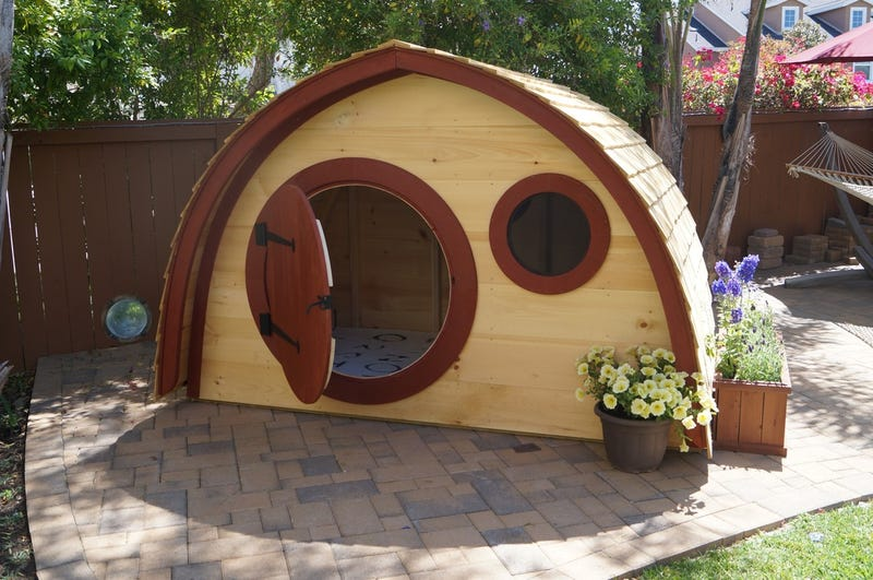 We All Need To Move To A 'Hobbit Hole' Right Now