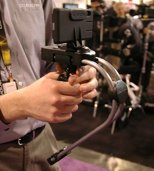 Cellphone Steadicam Rig Leaves No Excuse for Shaky Home Videos