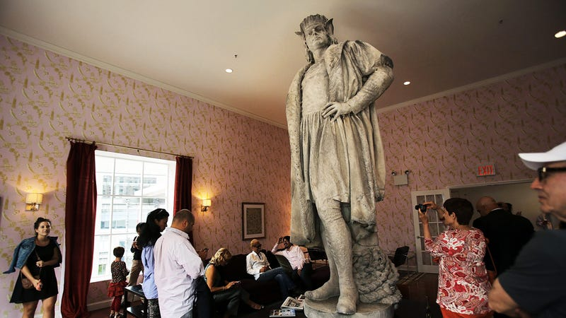 Artist Unveils Chris Columbus Installation, Is Sad People Are Looking Up the Statue's Skirt Instead of Hugging It