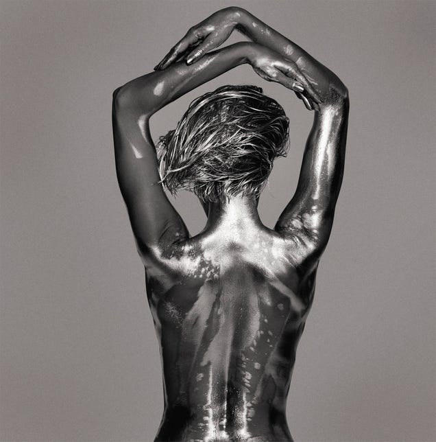 Photographer transforms women into beautiful metallic statues [NSFW]