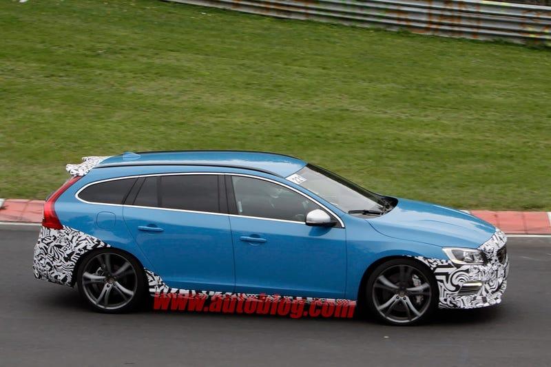 Volvo is developing a new V60 Polestar - spy shots