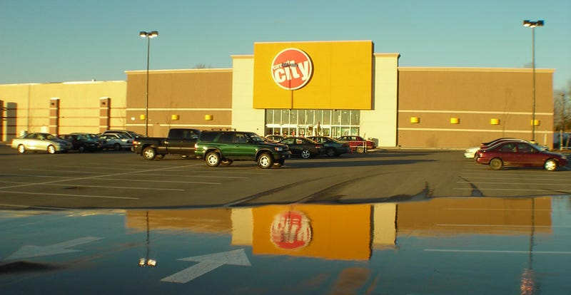 Why I Shopped at Circuit City Instead of Best Buy