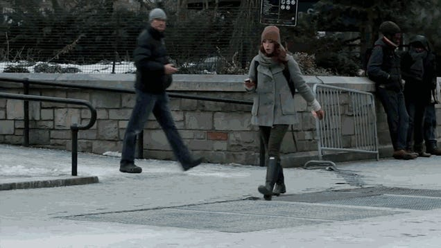 Fake Zombies Terrorize New York Pedestrians