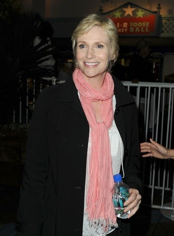 Jane Lynch Set To Host SNL In October