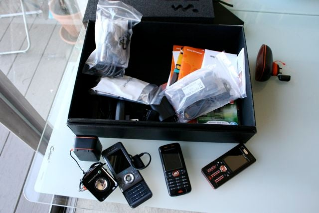Sony Ericsson's Swag Box Arrives at Giz HQ