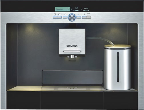 Siemens' Steamy Kaffeevollautomat Coffee Maker Gets Coffee Lovers Excited