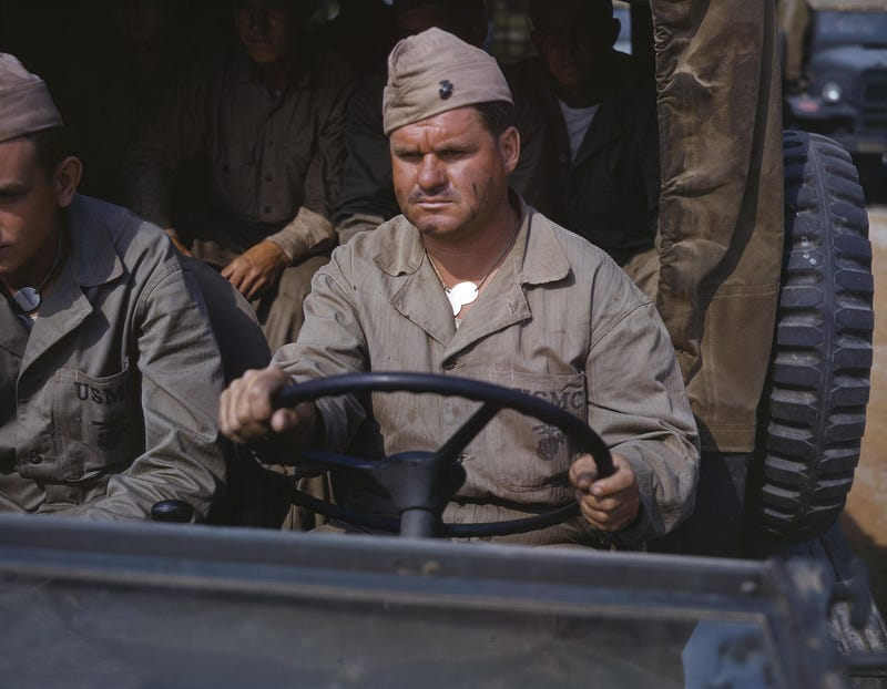These Rare Full-Color WWII Photos Celebrate the American War Effort's Most Thankless Jobs