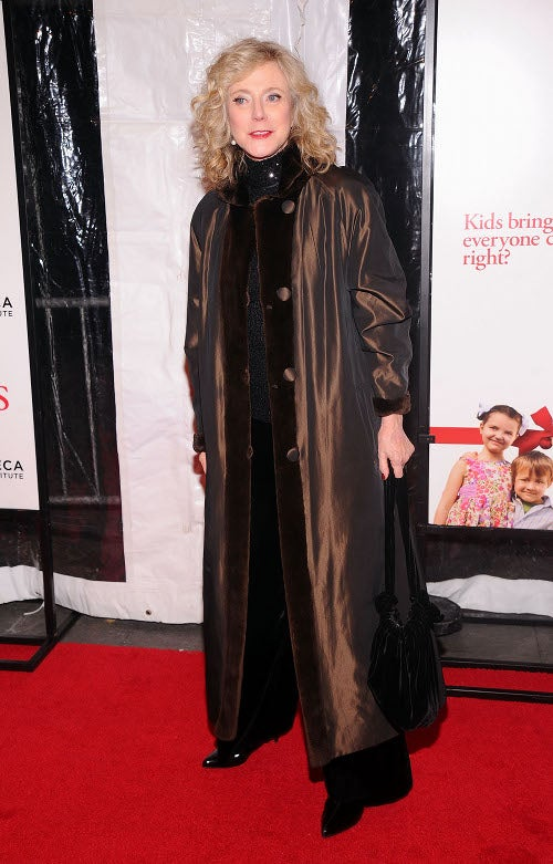 We Preferred This Red-Carpet Snuggie To Jessica Alba's Dress