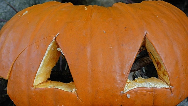 Revive a Pumpkin with an Ice Bath (and Other Pumpkin Carving Tricks)