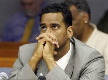 Jayson Williams Probably Shouldn't Leave The House
