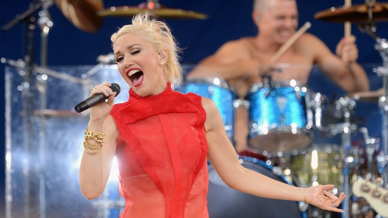 Gwen Stefani Has No Doubt Red Looks Good On Her
