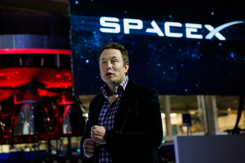 SpaceX Sued for Laying Off 400 Workers Without Proper Notice or Wages
