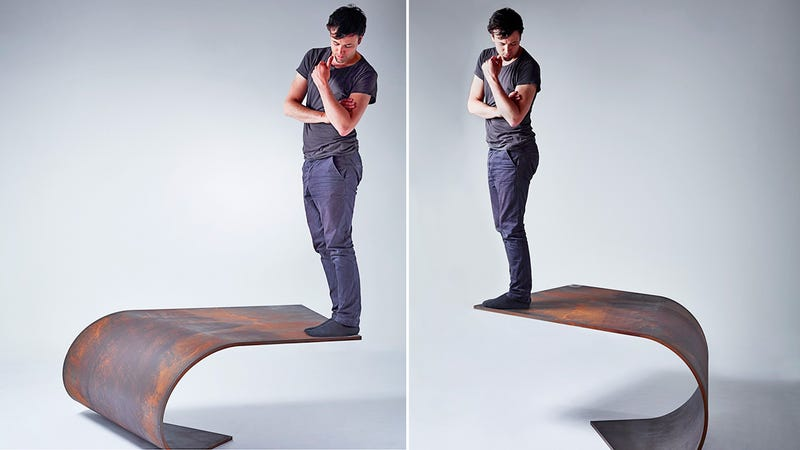 The Magic of Science Keeps This 1,000 Pound Desk From Falling Over