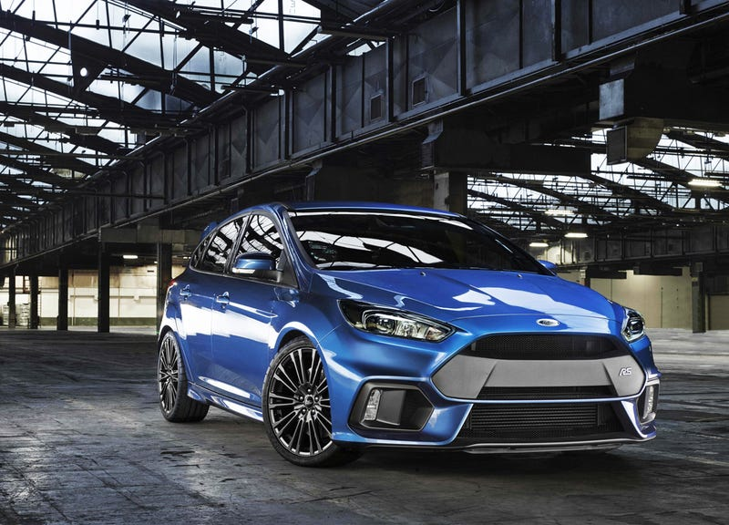 2016 ford focus rs this is your 320 hp awd monster hatch. Black Bedroom Furniture Sets. Home Design Ideas