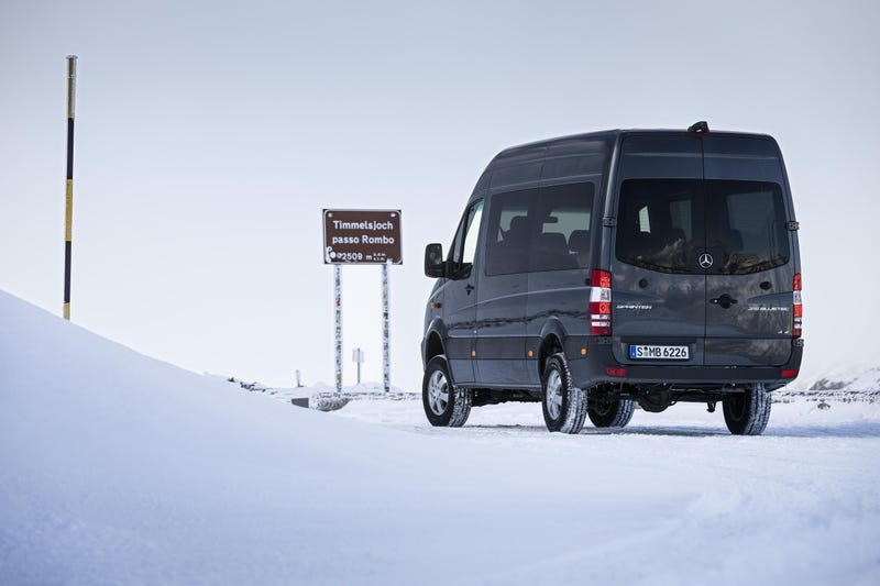 2015 Mercedes Sprinter 4x4 Will Be The Only All-Terrain Van In The US