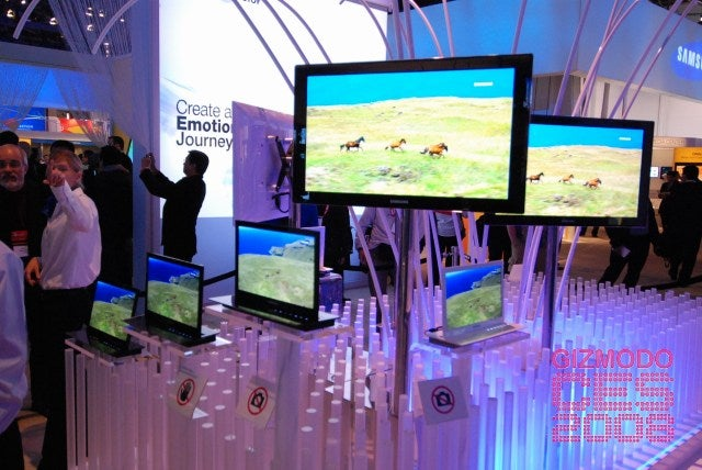 Samsung's 31-Inch OLED Is Biggest, Thinnest Yet
