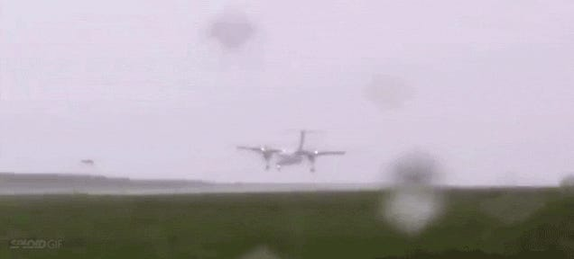 I can't believe this twisting plane managed to land in such bad weather