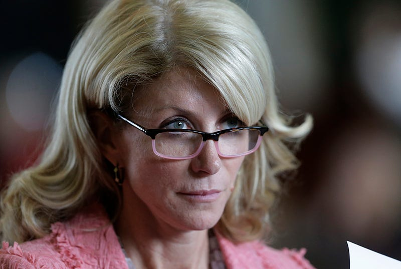 Wendy Davis' Daughters Tell Conservative Critics to Back the Hell Off